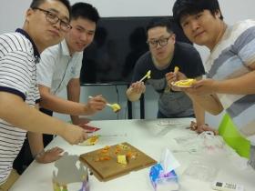 缘来一家人,分享蛋糕,分享梦想 (7月)